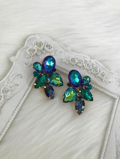 Limited Earrings 357