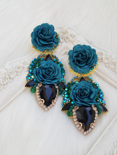 Limited Earrings 423